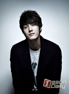Lee Ki Woo (Flower Boy Ramen Shop, Standby, The Daring Sisters, The Virus)