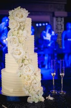 Wedding Cake Inspiration - Photo: Viera Photographics