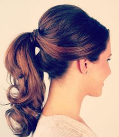 Bridesmaids Hairstyle - retro, cute and out of their faces the entire day