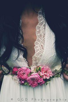 robe de mariée ceinture bracelet fleurs fleurs de fée partenaire