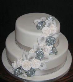 lavender and silver anniversary cakes Diamond Wedding Anniversary Cake, Diamond Wedding Cakes, 50th Wedding Anniversary Decorations, 25 Anniversary Cake, Homemade Anniversary Gifts, Silver Anniversary, Silver Cake, Receptions, Bespoke
