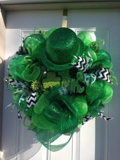 St Patricks Day wreath by Chic Repeats
