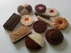 Felt food set felt cookies including jaffa cake / by DusiCrafts