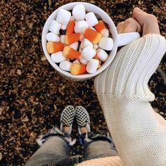 Why have I never thought of putting candy corn in hot cocoa during the fall? Fall Pictures, Fall Photos, Fall Pics, Autumn Cozy, Autumn Fall, Autumn Aesthetic, Aesthetic Pics, Happy Fall Y'all, Autumn Photography