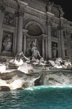 Richmenslife : Luxury Inspiration Babes Cars Mansions @ Richmenslife motivationsforlife: Trevi Fountain // Shot/Edit by MFL Angel Aesthetic, Aesthetic Art, Aesthetic Pictures, Art Et Architecture, Beautiful Architecture, Places To Travel, Places To Go, Trevi Fountain, Photocollage