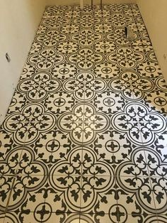 Merola Tile Arte Grey 9-1/2 in. x 9-1/2 in. Porcelain Floor and Wall Tile (10.76 sq. ft. / case) FCD10ARG at The Home Depot - Mobile