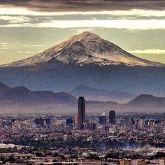 Mexico City, Mexico Amazing place, everybody has got to go in their lifetime...... Pues que puedo decir, me encantoooo