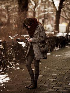 tights, stars, boots, jacket, coat, scarf, fashion