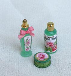 set 2 bottiglie profumo e scatola sapone scala by minifromItaly