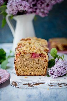 Rabarbarowy chlebek z imbirem, cynamonem i kruszonką Kefir, Sweet Bread, A Food, Banana Bread, Baking, Breads, Cook, Recipes, Bending