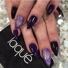 Stiletto nails dark