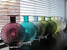 More Riihimaki Aurinkopullo Pics for your Delectation Art Of Glass, Cut Glass, Glass Design, Design Art, Glass Ceramic, Glass Paperweights, Retro, Colored Glass, Scandinavian Design