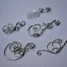 Hundreds of tutorials on jewelry making...it's like Pinterest click on the ones you are interested in