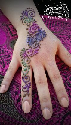 Bridgeport Arts Fest Henna www.JamilahHennaCreations.com Arte Mehndi, Mehndi Art, Henna Mehndi, Henna Art, Pen Tattoo, Tattoo Henna, Mehndi Designs For Fingers, Henna Tattoo Designs, Dragon Henna