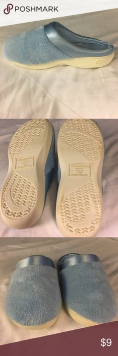 Comfy Isotoner slippers! Baby blue slippers. Brand new. Faint spot on front of right slipper. Machine washable. Isotoner Shoes Slippers