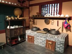A traditional Korean kitchen.  Fascinating.  (Travelife Magazine's Suitcase Tales: Visiting South Korea's Universal Studios)