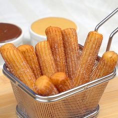 Mexican Food Recipes, Sweet Recipes, Dessert Recipes, Easy Churros Recipe, Puff Recipe, Soft Sugar Cookies, Food Garnishes, Christmas Dishes, Le Diner