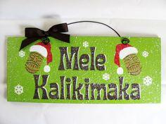 Gift idea for dad. Mele Kalikimaka. Hawiian Christmas sign.