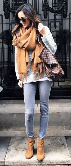 cozy fall outfit_cashmere scarf + sweater + bag + skinnies + boots