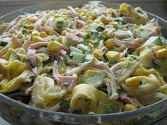 Z czystym sumieniem mogĘ polecić Wam tą sałatkę , u mnie zagośćiła ostatniona stole imieninowym i była hitem ,niby żadna odkrywcza , bo k... Tortellini Salad, Pasta Salad, European Dishes, Cooking Recipes, Healthy Recipes, Side Salad, Easy Chicken Recipes, Salad Recipes, Recipes