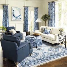 Blue Living Room Decor - How can I decorate my living room with a blue couch? Blue Living Room Decor - What color walls go with blue furniture? Blue Living Room Sets, Blue And White Living Room, Coastal Living Rooms, Blue Rooms, Living Room Sofa, Living Room Interior, Blue Living Room Chairs, Blue Living Room Furniture, Dark Blue Couch