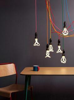 Ampoules à suspensions colorées