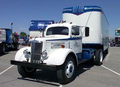 Take a look at our sister Group.The Great British Truck Off. Mack Trucks, Big Rig Trucks, Semi Trucks, Cool Trucks, White Tractor, White Truck, Freightliner Trucks, Peterbilt, Western Star Trucks