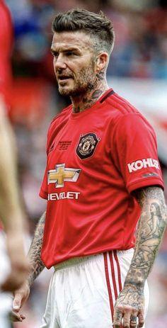 David Beckham Tattoos, David Beckham Haircut, David Beckham Soccer, Beckham Football, Ramos Haircut, David Beckham Manchester United, Brazil Football Team, Manchester United Wallpaper, Bend It Like Beckham