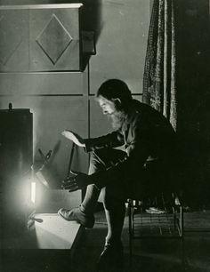 George Bernard Shaw, Self-Portrait experimenting with light, c1900