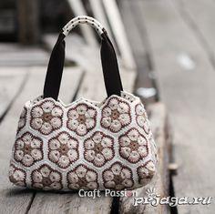 Сумка крючком из мотивов от Craft Passion. Чтобы сшить подкладку для сумки, используйте выкройку и МК.