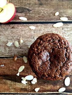 Spice up your muffin tin with these Paleo & Gluten Free Zucchini Apple Spice Muffins!
