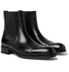 TOM FORD's 'Edgar' Chelsea boots are on the smarter side, meaning they'll go well with slim, dark suiting. They're made from polished-leather and have discreet cap-toe detailing. Chelsea Boots Outfit, Leather Chelsea Boots, Black Leather Ankle Boots, Men's Leather, Tom Ford Jeans, Tom Ford Shoes, Mens Slip On Shoes, Men S Shoes, Tom Ford Leather Jacket