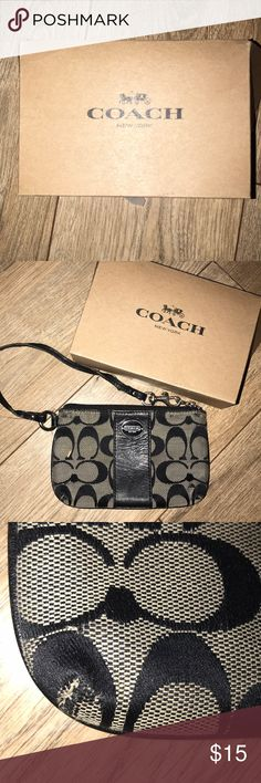 COACH WRISTLET Preloved minor rubbing on corners  Additional photos per request Coach Bags Clutches & Wristlets