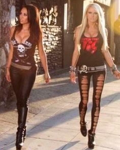 Rocker chicks outfits... Love it!