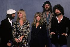 Fleetwood Mac: Don't Stop Duration: 1 hour, 56 minutes. First broadcast: Sunday 17 February 2013 15:00 (3pm) BBC Radio 2 - Johnnie Walker's Sounds of the ...
