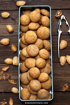 Amaretti - migdałowe ciasteczka (bez glutenu)