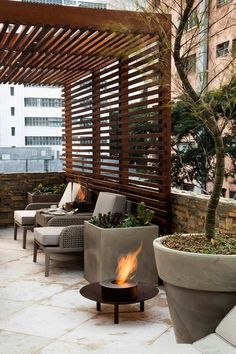 The wooden pergola is a good solution to add beauty to your garden. If you are not ready to spend thousands of dollars for building a cozy pergola then you may devise new strategies of trying out something different so that you can re Diy Pergola, Deck With Pergola, Cheap Pergola, Wooden Pergola, Pergola Shade, Patio Roof, Backyard Patio, Gazebo, Pergola Kits