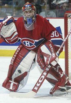 Mathieu Garon est sélectionné par le Canadien au 44e rang au repêchage de la LNH de 1996 alors qu'il évolue avec les Tigres de Victoriaville dans la LHJMQ. Son séjour avec le tricolore est bref. Il ne participe qu'à 44 matchs (un seul en séries d'après-saison) entre 2000 et 2004. Il est échangé aux Kings de Los Angeles en 2004 en retour du français Cristobal Huet et du tchèque Radek Bonk. Après avoir joué à Edmonton, Pittsburgh et Columbus, Garon joint les rangs du Lightning de Tampa Bay.