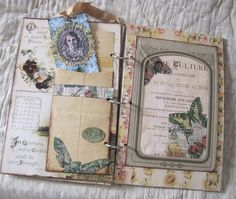 Green Paper: Beth's Gorgeous Hand Made Book...