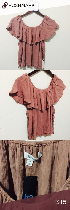 ❤️WKND SALE NWT RUFFLE OFF SHOULDER TOP MED❤️ GORGEOUS RUFFLE TOP  SIZE MED BEAUTIFUL COLOR NWT   PLEASE ASK ANY QUESTIONS ❤️❤️NEW INVENTORY❤️❤️ ***DONT FORGET TO ASK FOR BUNDLE PRICES**  ✅ BUNDLE AND SAVE 20% OFF ANY BUNDLE MY PRICES ARE GREAT AND THERE NWT OR NWOT UNLESS STATED  THERE NAME BRAND SELLING THEM FOR CHEAP✅  ***DONT FORGET TO FOLLOW I DELETE AND RELIST***  # GREAT DEALS Tops Button Down Shirts