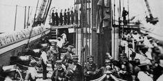 En 1879 los Oficiales Generales del Cuerpo de Bomberos de Santiago eran los siguientes: Superintend... Chile, New York Skyline, Times Square, Travel, War Of The Pacific, Fire Dept, Saint James, Historia, Viajes