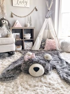 Extra Large Gray Grizzly Bear Rug | camping room  | ClaraLoo