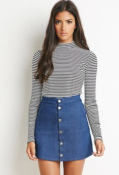 I had This same outfit before! I love the turtle neck with the skirt! One principal it has is showing emphasis, the shit shows emphasis on the bust because it has horizontal lines on it. the skirt is a button up, and denim, so it is thick and not stretchy.