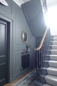 Stair and hallway makeover reveal, with dramatic results. Bright colour, brass and an epic gallery wall, takes this victorian terrace into the Century. Edwardian Haus, Victorian Hallway, 1930s Hallway, Edwardian Staircase, Flur Design, Hallway Colours, Hallway Designs, Hallway Ideas, Hallway Inspiration