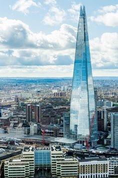 Piercing the London sky like a gigantic shard of glass, the London Shard is every bit as spectacular as it sounds. Don't miss it on your trip to London!