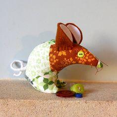 Retro ReBorn Mouse 60s Blue Green Orange Patchwork Daisy vintage fabric £9.00