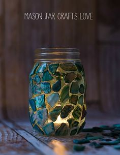 Why is it that the start of school also triggers the start of fall? I mean, there are still two weeks left of summer on the calendar.   With that in mind, I'm sharing one last summer project. A mosaic. On a mason jar.   And before I begin my tutorial, I need to give …
