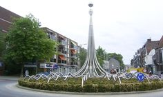 De Druppel - Rotonde - rotondekunst.eu Urban Landscape, Landscape Design, Garden Design, Road Markings, House Gate Design, Island Design, Installation Art, Pavilion, Architecture Design