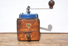 Rare French Antique 8 Wine Bottle Carrier in beautiful vintage condition Best Coffee Grinder, Coffee Grinders, French Blue, French Vintage, Coffee Beans, Coffee Cups, Famous Drinks, Different Seasons, Wooden Hand
