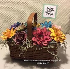 Flower Basket Don& you just love the Succulent Garden Bundle? I almost ran out of green cardstock (or was it the beautiful weathe. Flower Stamp, Flower Cards, 3d Paper Crafts, Diy And Crafts, Paper Crafting, 3d Paper Flowers, Paper Succulents, Mesh Wreath Tutorial, Stamping Up Cards